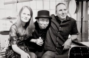 Ciara Shaughnessy (v), Steve Myers (g) & Takashi Pequeno Mizukoshi (p)